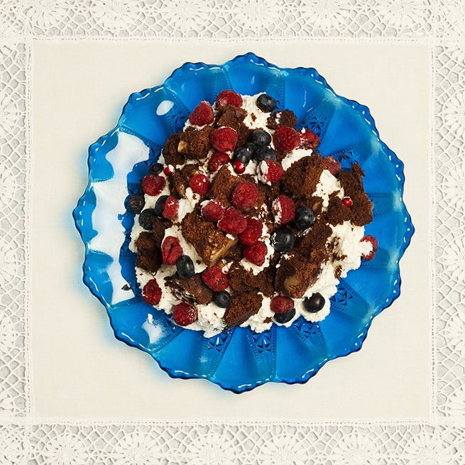 receta brownie con frutos rojos